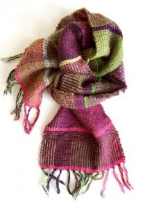 Væves tørklæde af Tekstildesigner Astrid Skibsted