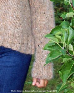 Strikkekit Delma, garn og opskrift fra Doggerland Design. Sweater strikkes i islandsk uldgarn Alafosslopi