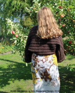 Bolero i islandsk uldgarn Bulkylopi, perlestrikket sjælevarmer Lean fra Doggerland Design