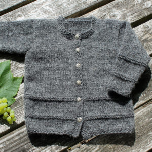 Strikkekit børnstrik, trøje/cardigan til børn str 92-158 cl, uldgarn og opskrift i kit